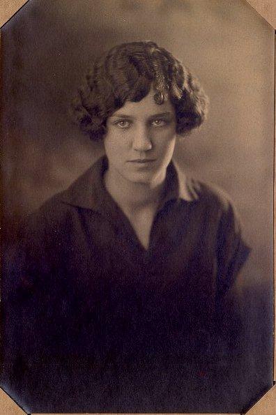 DeBroux Margaret