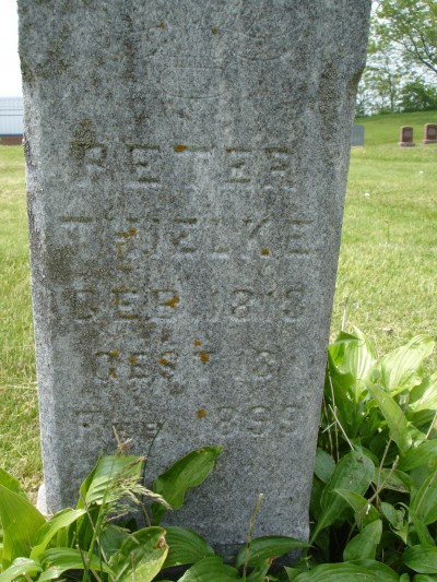 Peter Thielke Headstone